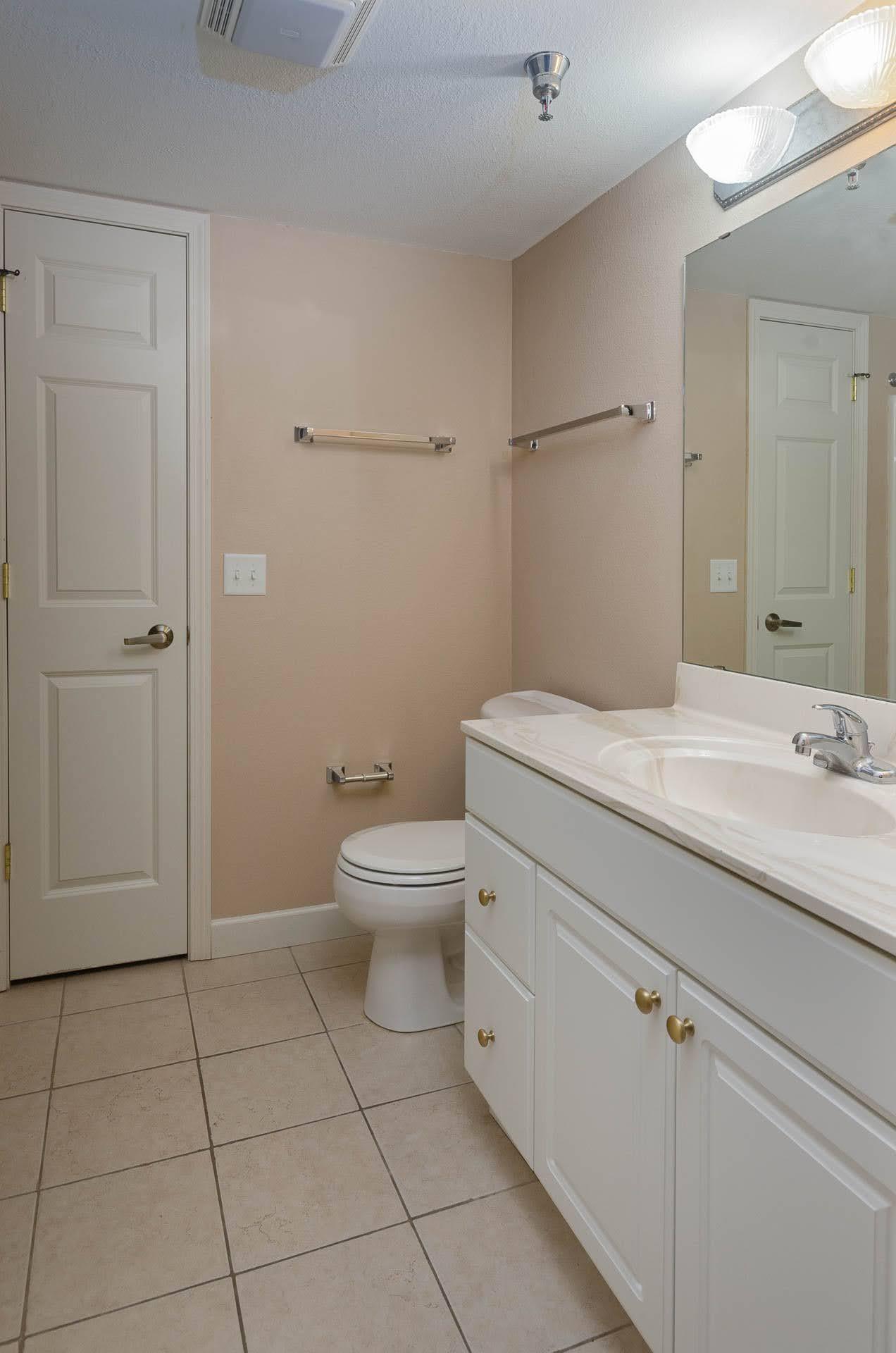Bathroom Layout 1