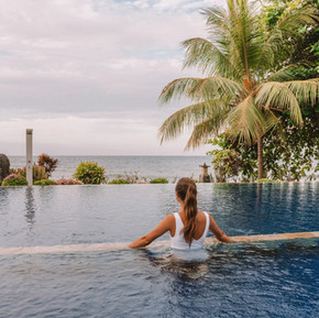 Infinity pool in Bali