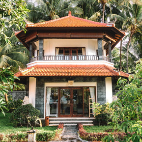 hotel for sale in Bali