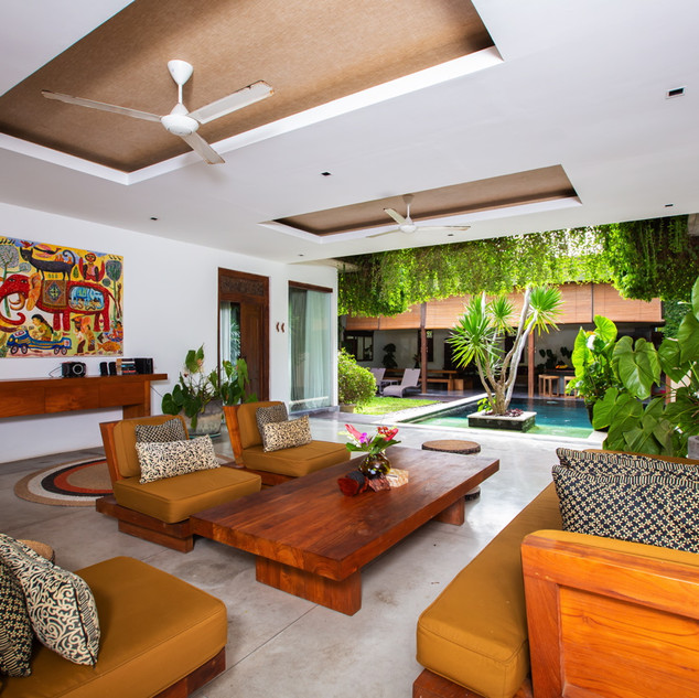 Bali property agent