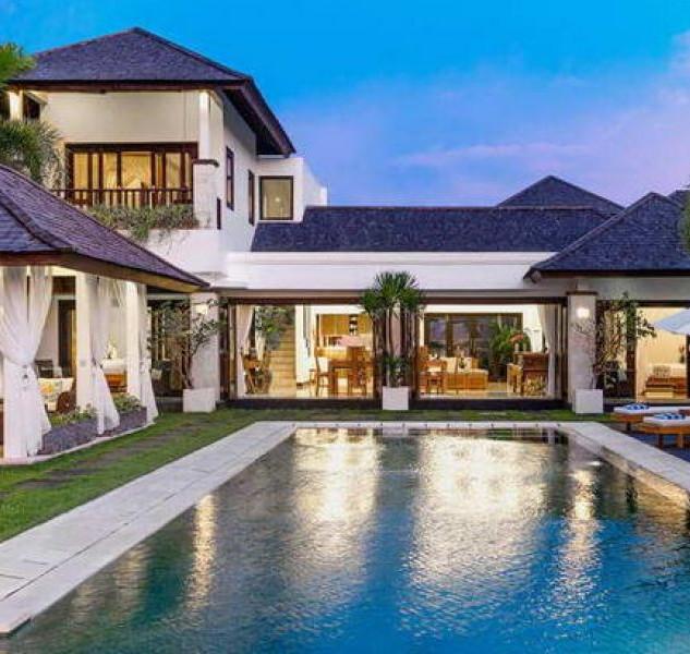 beachfront villa for sale in Bali