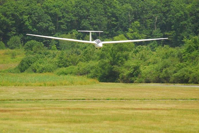 Wurtsboro Airport - Glider Instruction