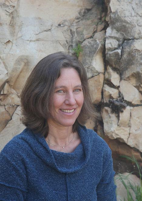 אילה גרייצר - מורה בכירה בצ'י קונג ומומחית בצ'י קונג נשים