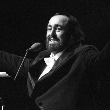 זמרי האופרה הגדולים- לוצ'אנו פברוטי