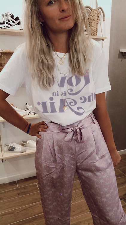 """T-shirt """"Love is in the air"""" lilas"""