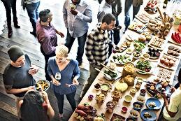 Entreprises ou particuliers sur Marseille, www.livraisonpetitdejeuner.fr organise vos petits-déjeuners ; brunchs copieux ou pauses café avec livraison et service.
