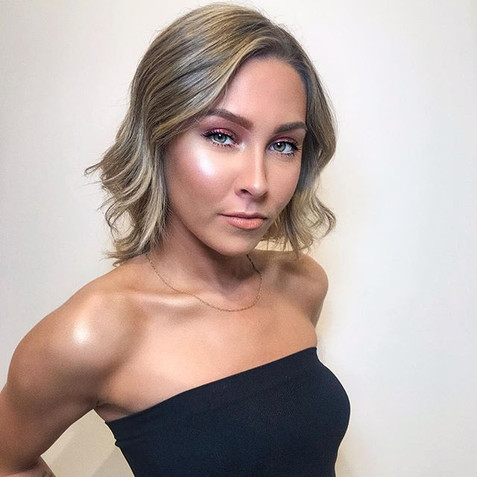 Glowy makeup 🤩💕 Chromatic color changi