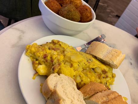 Où trouver de très bonnes croquetas ET tortillas à Madrid? Chez Pez Tortilla
