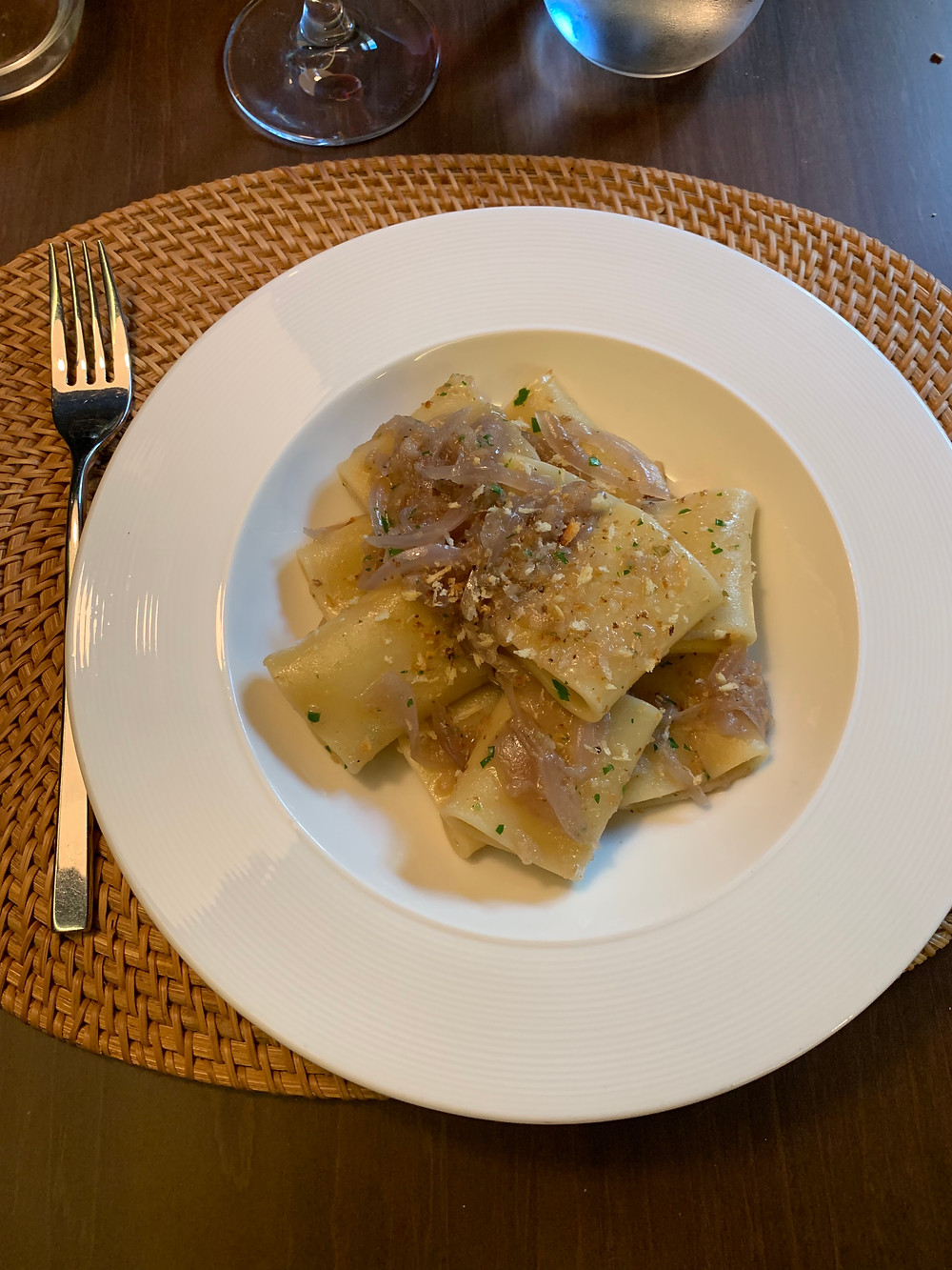 pante restaurant pâtes fraiches aux oignons rouges blog uneparisienneamadrid.com