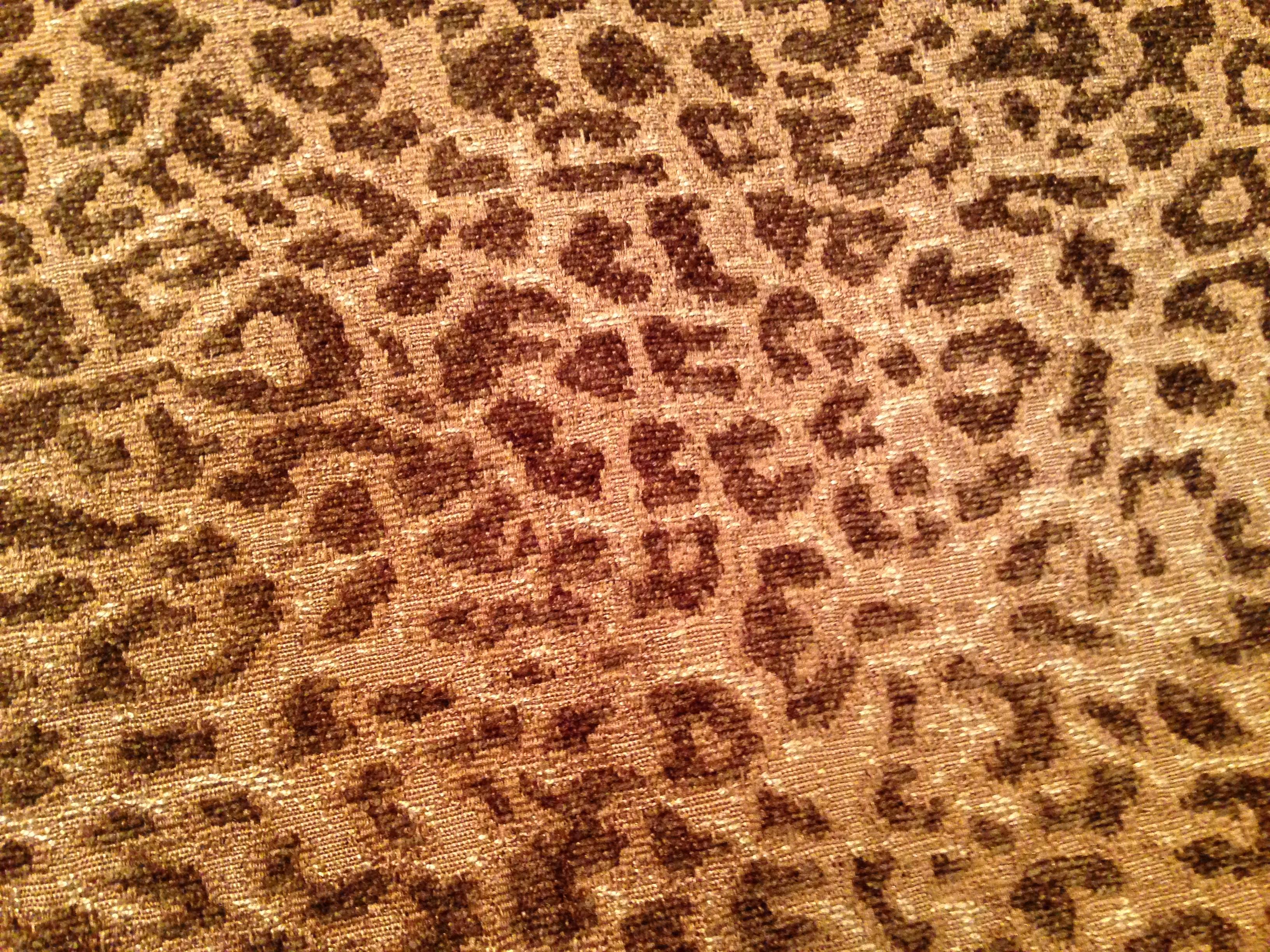 F-05 Tan brown cheetah