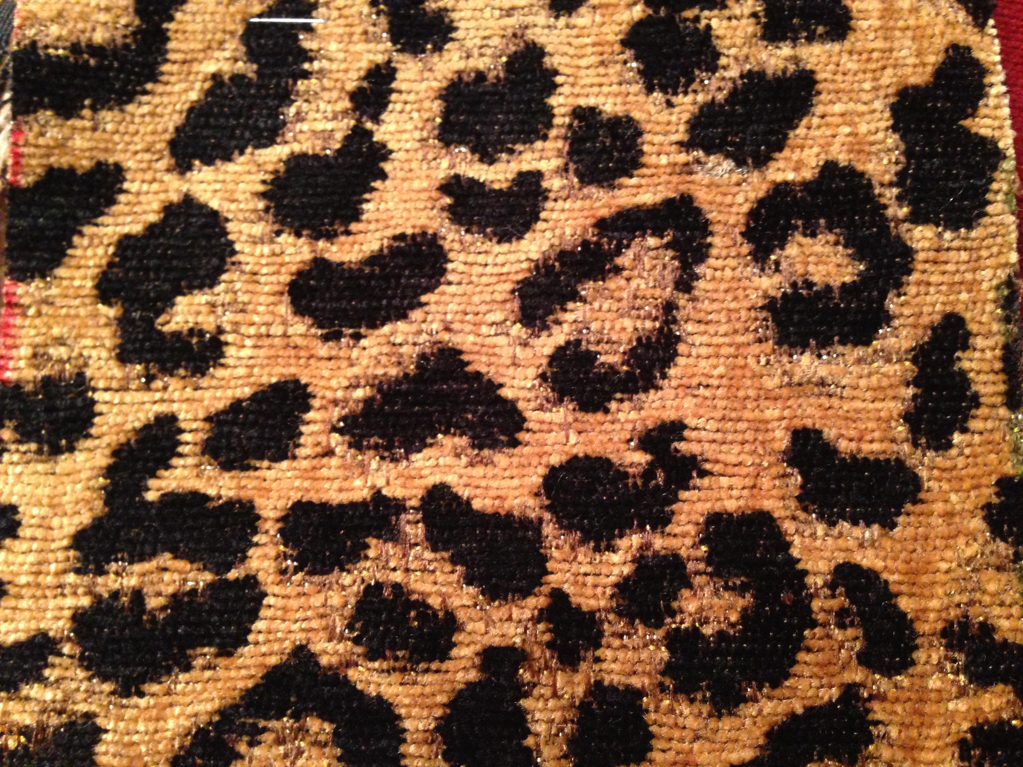 F-01 Gold Black Cheetah