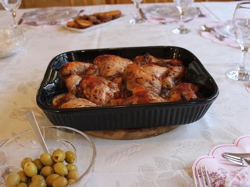 כרעי עוף בתנור בפירות יבשים