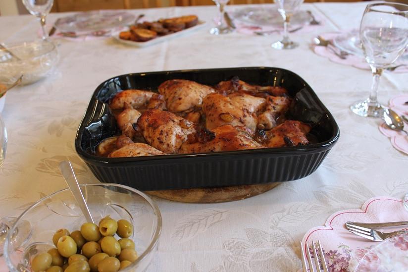 מתכון כרעי עוף ופירות יבשים בתנור