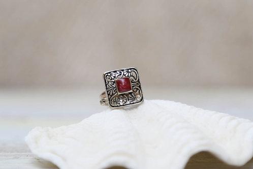 RED EDDICTION Ring