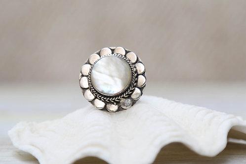 FREE BLOSSOM Ring