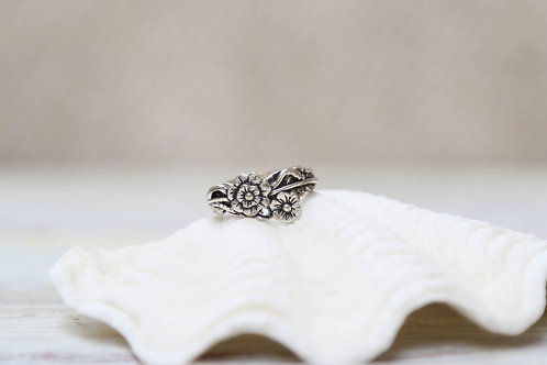 ROSY BLOOM Ring