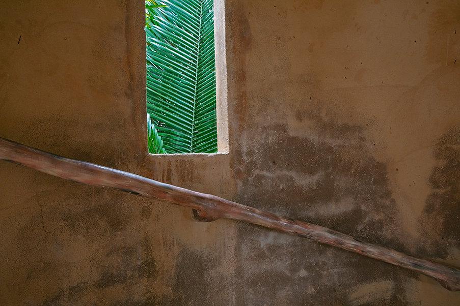 stairwell_window_V2A6301_2000.jpg