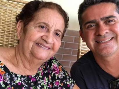 Morre dona Rosa Almeida, mãe de Davi Almeida