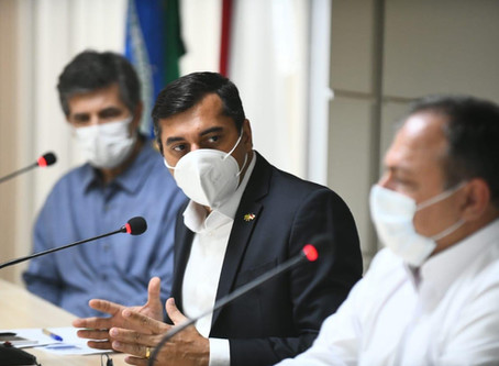 """Única forma de ajudar a sociedade é trabalhar todos juntos"""" , diz ministro da saúde, em Manaus"""