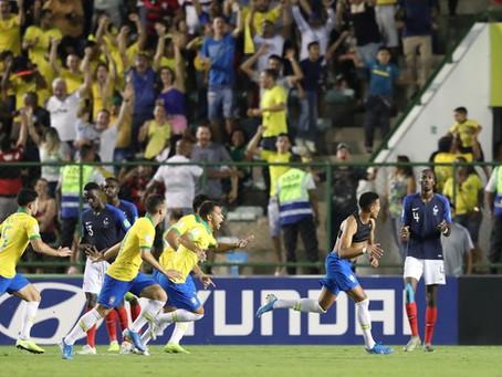 Heroico! Após estar perdendo por 2 a 0, Brasil vira pra cima da França e está na  final do Mundial