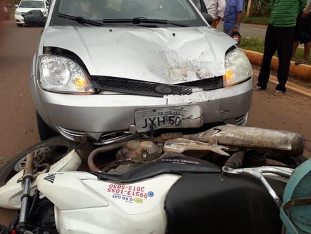 Acidente na entrada do Vale Verde, em Manacapuru, deixa um entregador de gás ferido