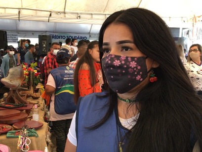 Agricultores e artesãos de Manacapuru ganham feira da ADS no estacionamento do Parque do Ingá