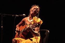 LORNOAR Chanteuse Cameroun World Mu4