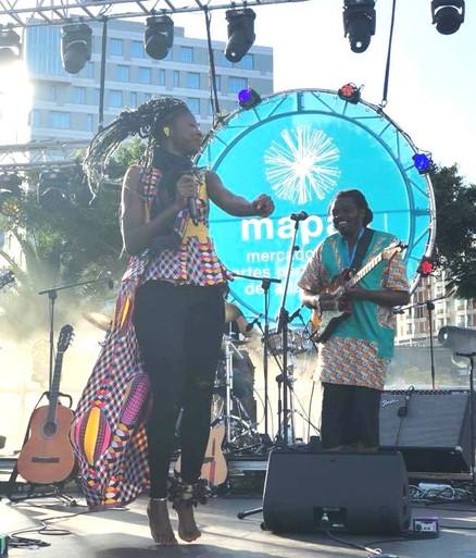 LORNOAR Chanteuse Cameroun World Music