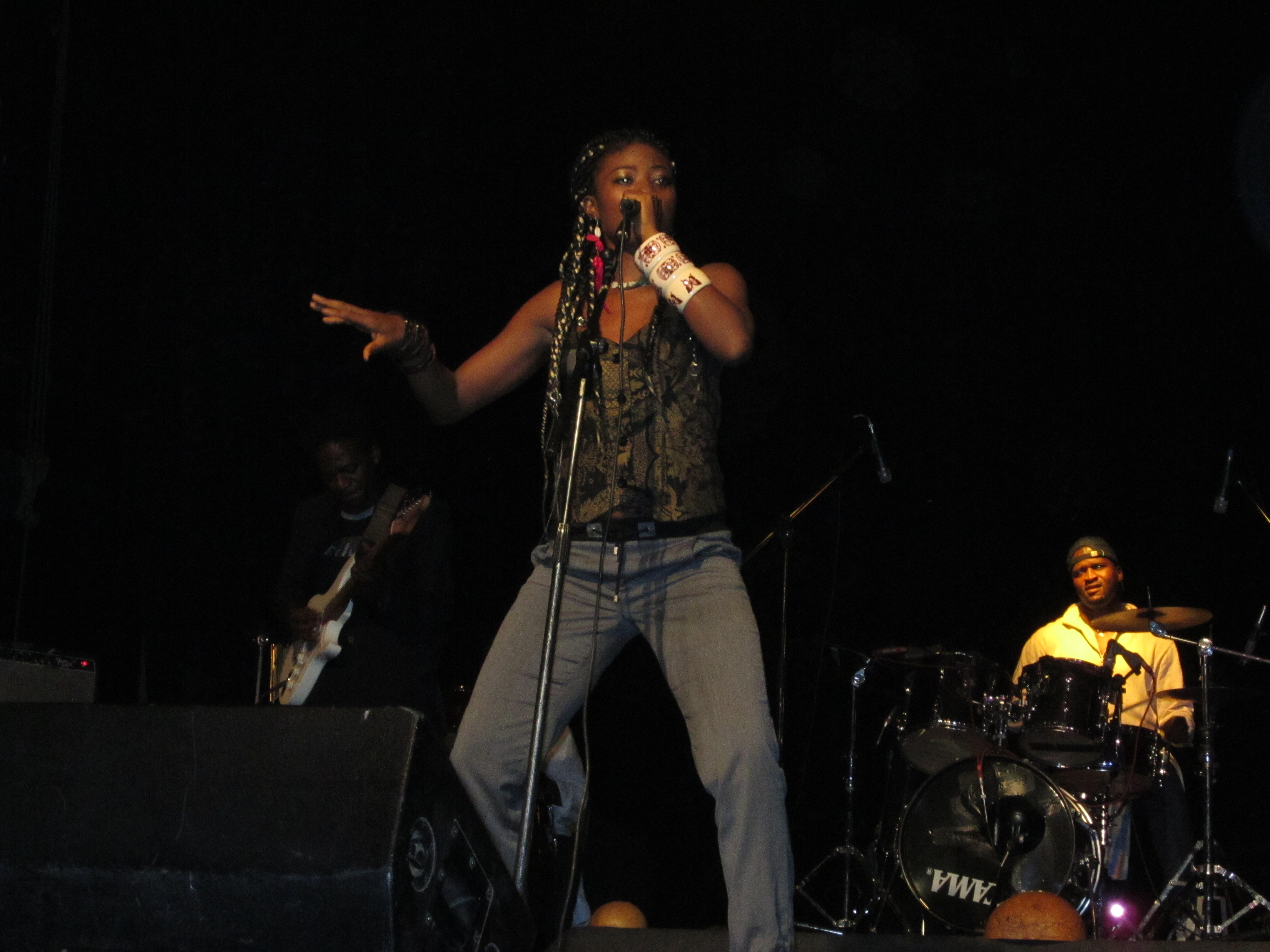 LORNOAR Chanteuse Cameroun World Mus