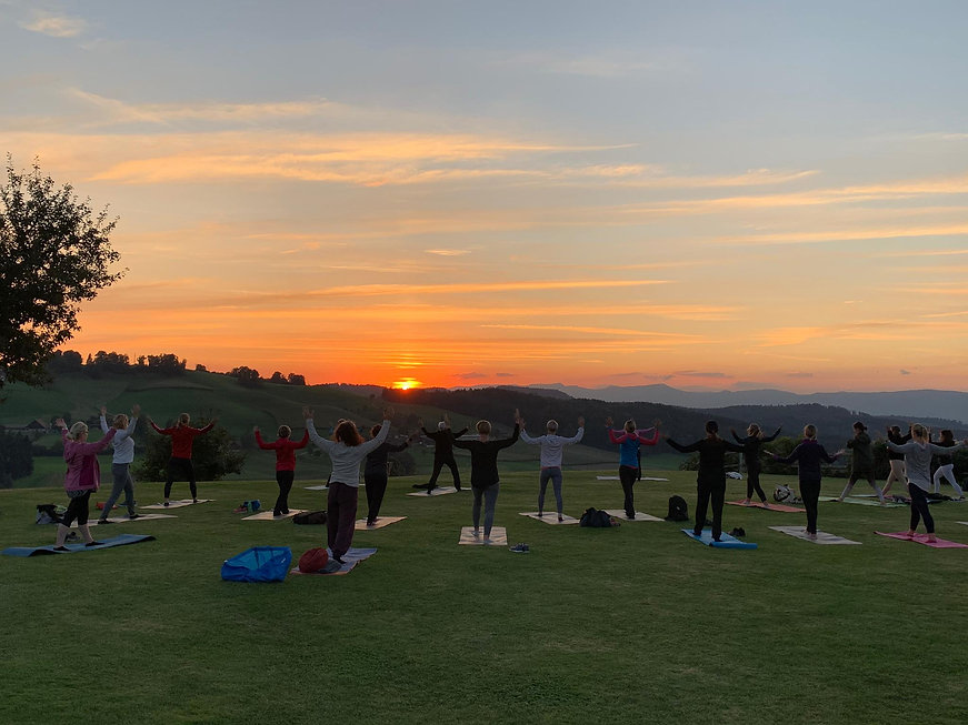Sunset-Yoga-Fischbach-bearbeitet-1.jpg
