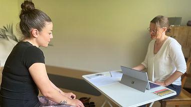 Yogatherapie-Therapie-in-Willisau-Yoga-(