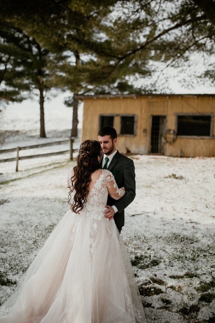 Vesbach Wedding by The Emerald Collective