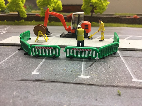 1:76 Laser Cut Green Pedestrian Barrier - 10pkt