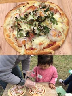 菜園材料の自家製ピザ