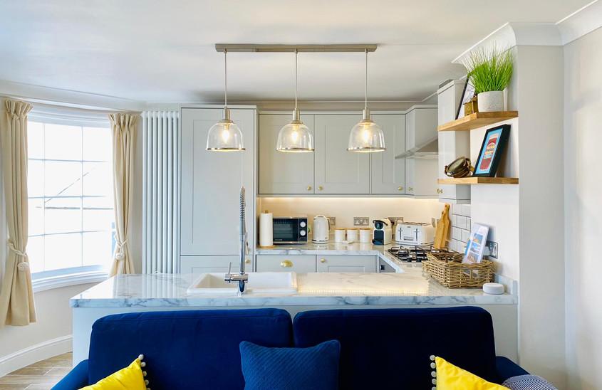 Beautiful & Bright Kitchen