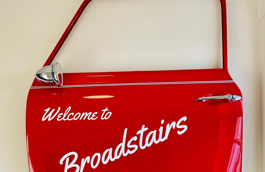 Welcome to Broadstairs... Landing