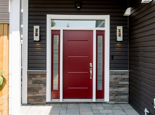 Cranberry-Red-Vog-door-with-2-Azur-sidel