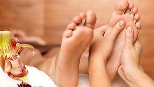 massage-des-pieds_0c6e21a747e78f116895af