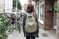 Caminar por la ciudad.jpg