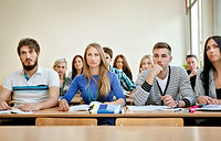 Estudiantes en clase.jpg