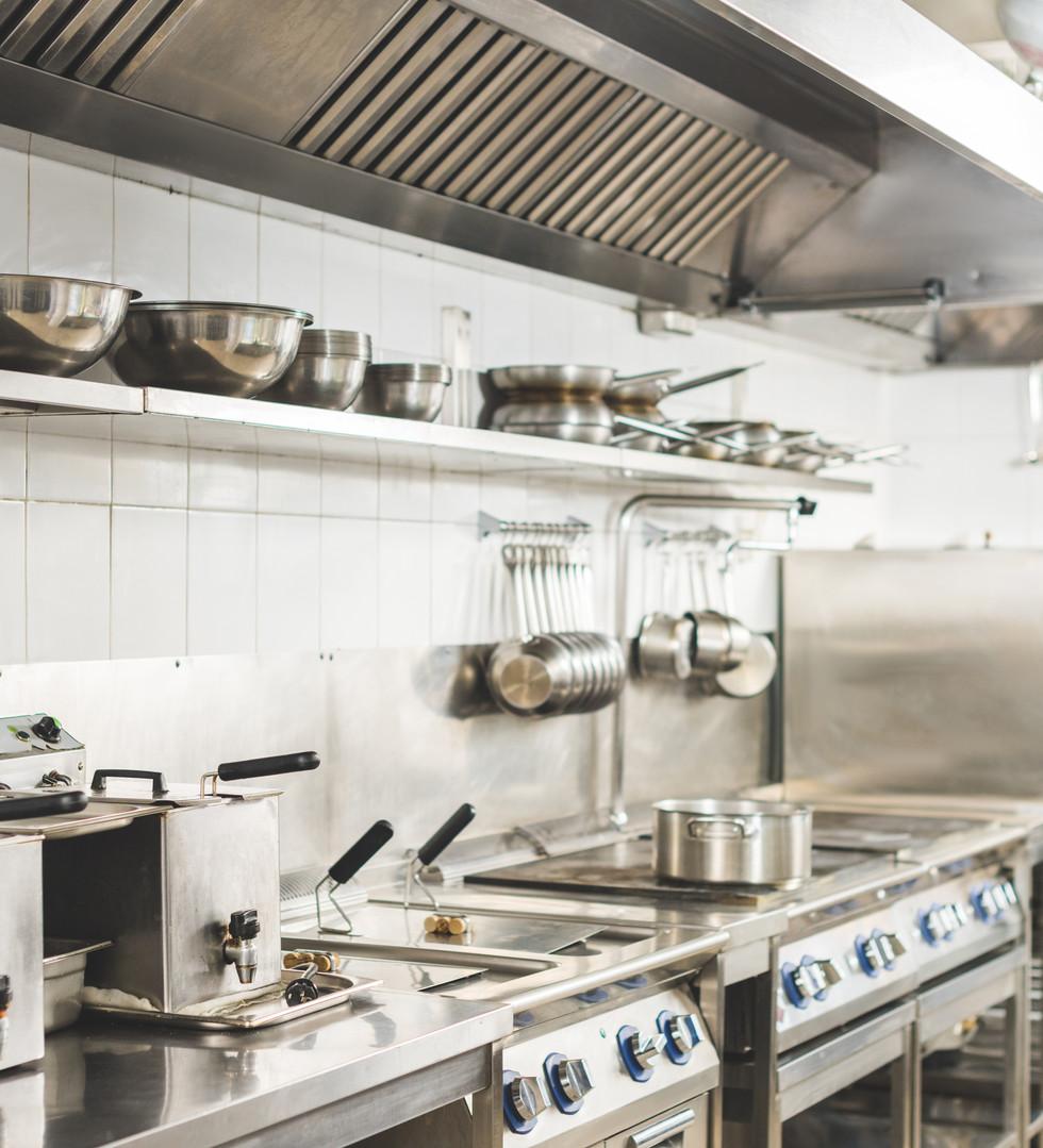 modern-clean-restaurant-kitchen-interior