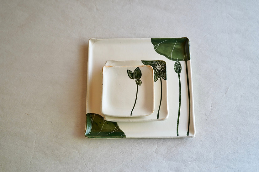 green lotus square plate