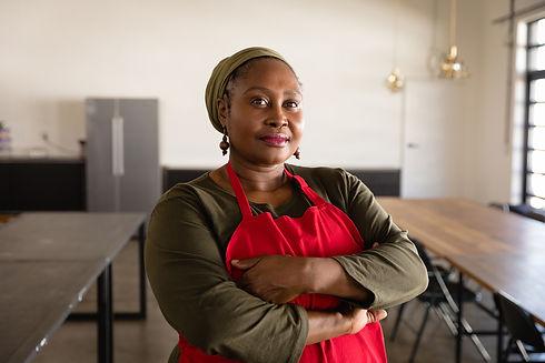 african-chef-looking-at-the-camera-JMQA2