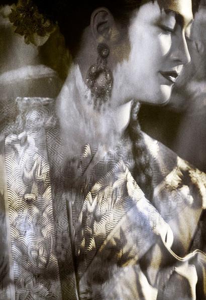 Empress with Jade earrings