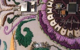 Смарт-текстиль. 10 правил работы с токопроводящей нитью