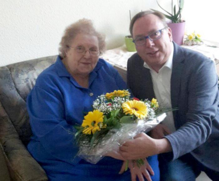 Heimratsvorsitzende aus dem Rathaus-Carré feiert 83. Geburtstag