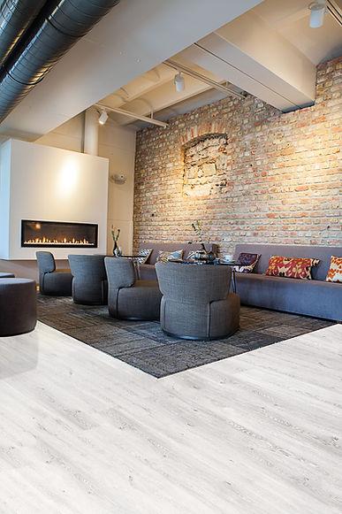 Büchi Boden_Schweiz_LVT Bodenbeläge_Contesse_Isocore_Amsterdam Oak White