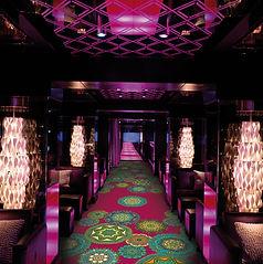 Büchi Boden_Schweiz_HTW Design Carpet_Teppichboden_ Druckteppiche_Bodenbeläge_Rollenware_Fliesen_Ladenbau_Entertainment_Kino