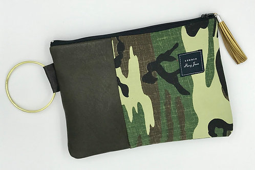 Medium Ring Clutch - Leather with Camo