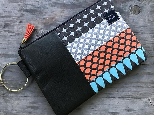 Large Ring Clutch - Bright Multi